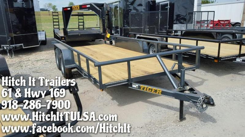 77x16 Pipetop Utility Trailer W/ Slide In Ramps BLACK