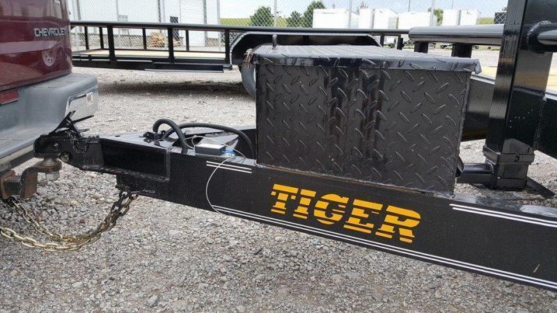 Tiger 83 x 22 Car Hauler Flatbed Trailer Wood Floor Stand Up Ramps