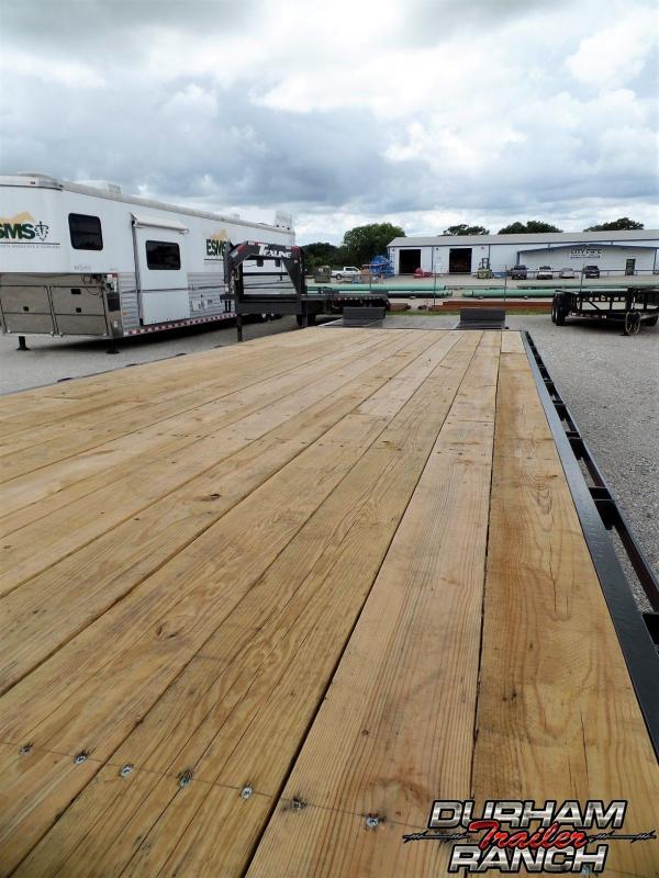 2019 TexLine 24 ft GN Deck Over Trailer
