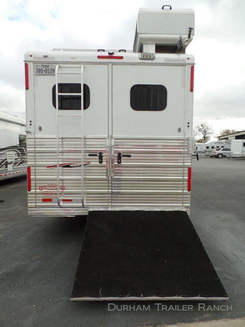 2013 Bloomer 4H 17' SW Horse Trailer