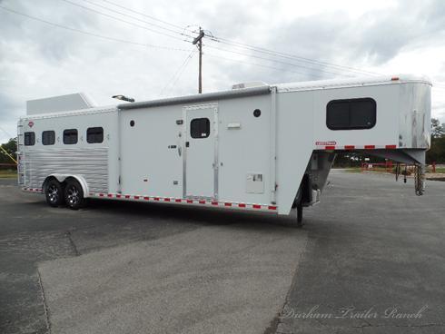2010 Hart 4 Horse 10.5' sw Horse Trailer