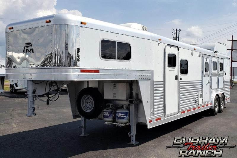 2004 Platinum Coach 3H with 12' Short Wall Horse Trailer