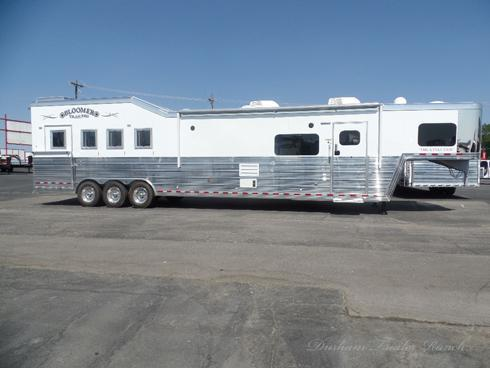 2019 Bloomer 4H PC Load 18sw Horse Trailer
