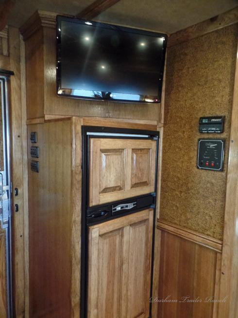 2013 Platinum 4H 15ft Short Wall Horse Trailer
