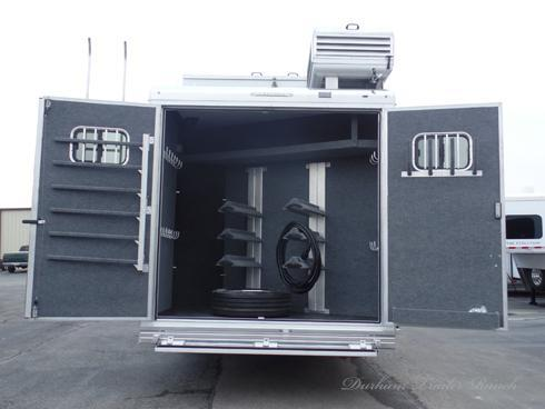 2019 Bloomer 5 Horse PC Load 17ft sw 6ft Slide Horse Trailer