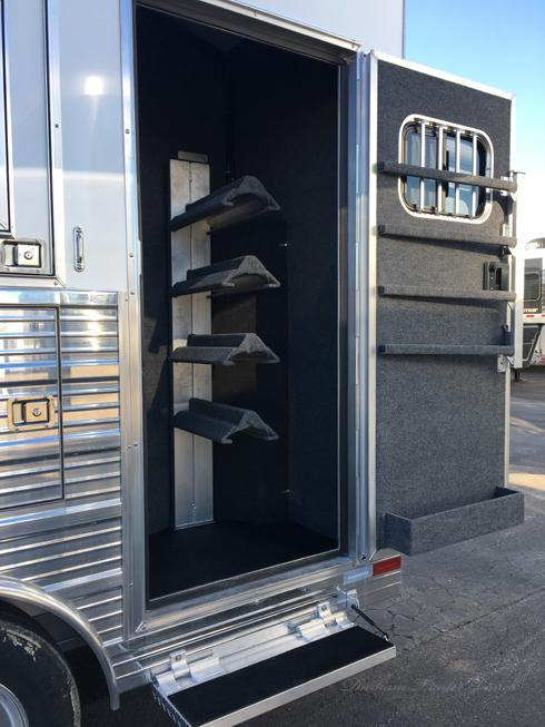 2019 Bloomer 4 Horse 16ft Short Wall Horse Trailer