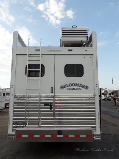 "2019 Bloomer 4H PC Load 17'2""sw Horse Trailer"