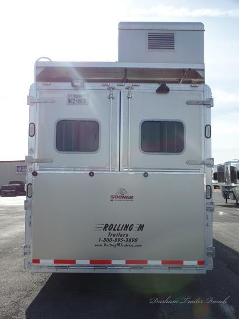 2014 Sooner 4H 14.5 ft Short Wall Horse Trailer