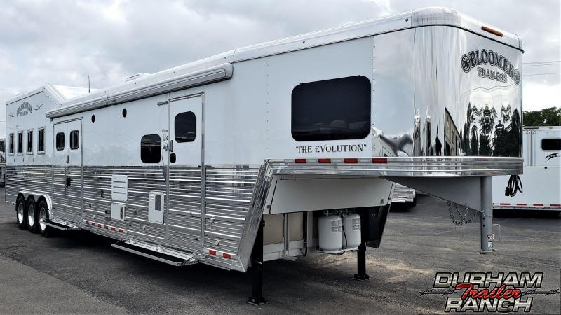2019 Bloomer 4H 20ft SW LQ w/ 7ft Slide Reverse Load Horse Trailer