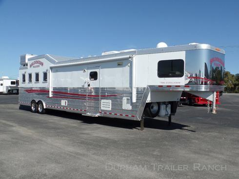 "2012 Bloomer 4H 17'5"" SW Horse Trailer"