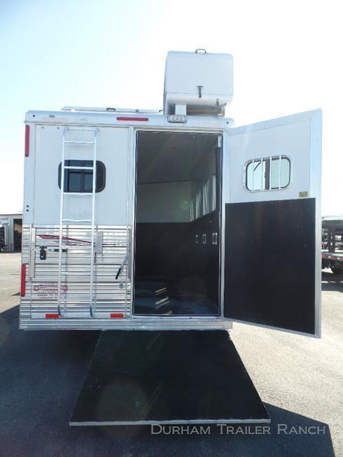 "2012 Bloomer 4H 17'5"" SW Horse Trailer"
