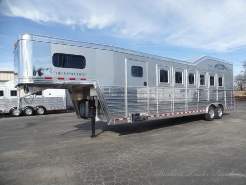 2019 Bloomer 6 Horse Trainer Trailer