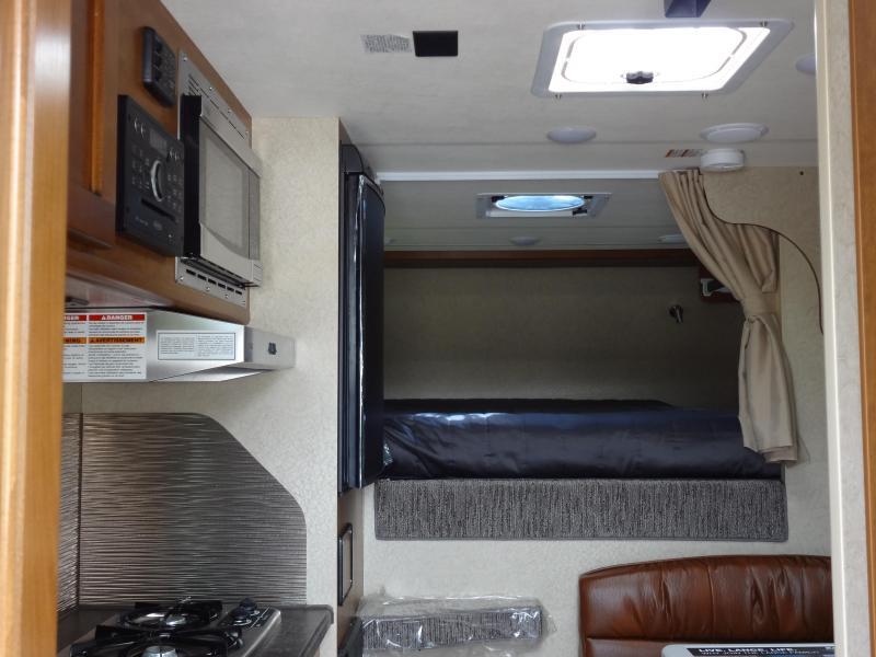 2018 Lance 825 Truck Bed Camper