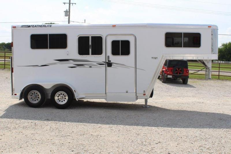 2008 Featherlite 2 horse gooseneck in Ashburn, VA