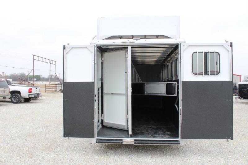 2018 Sundowner 6 horse slant gooseneck