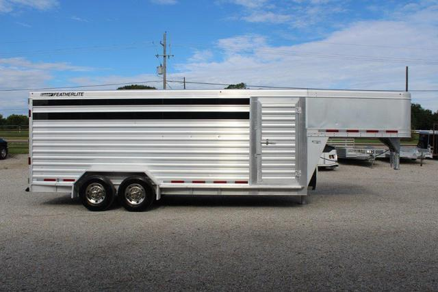 2011 Featherlite 20' stock trailer