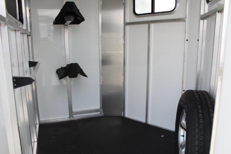 2018 Sundowner 2 horse straight load bumper pull