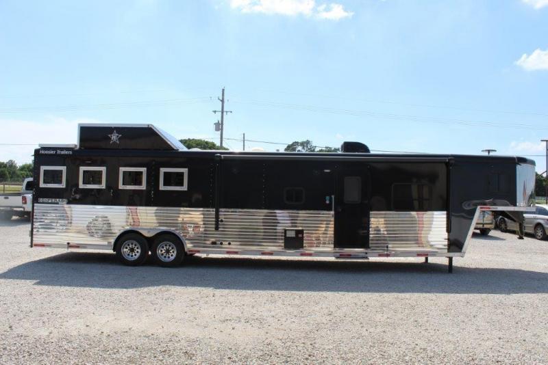 2017 Hoosier 4 horse with 15' Living Quarter