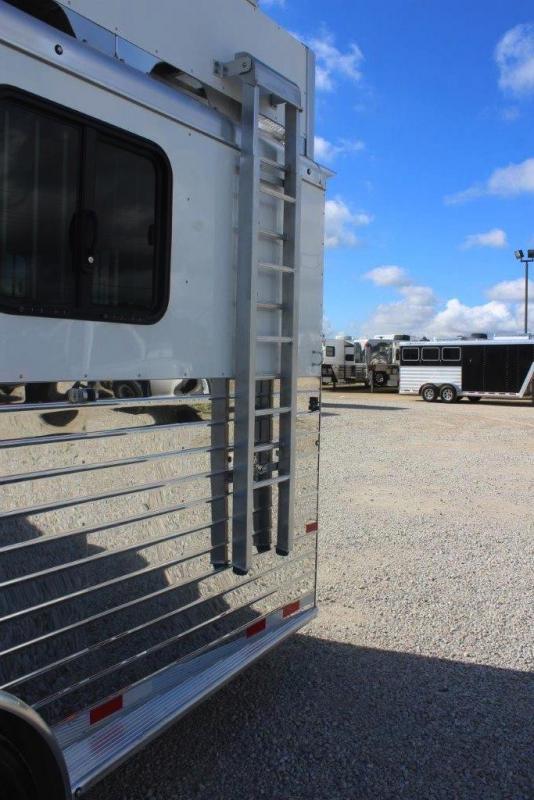 2020 Sundowner Trailers Super Sport Horse Trailer