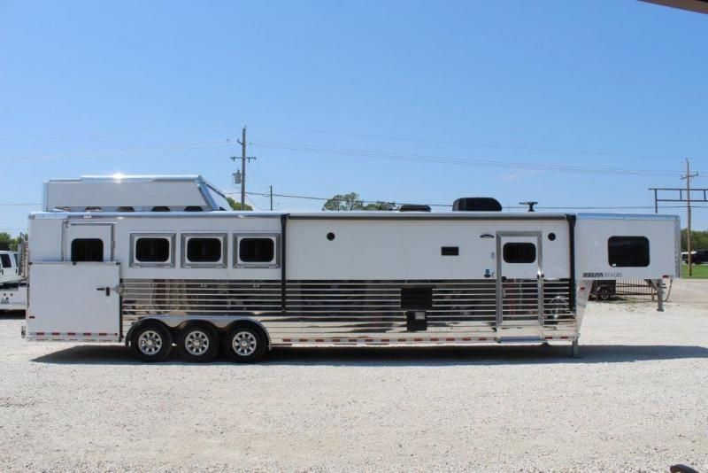 2019 Sundowner 4 horse with 14' LQ with slide out and large rear tack in Ashburn, VA