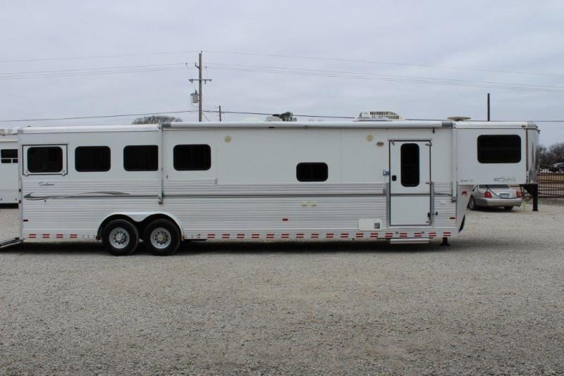 2007 Sundowner 4 horse with 12' Living Quarter