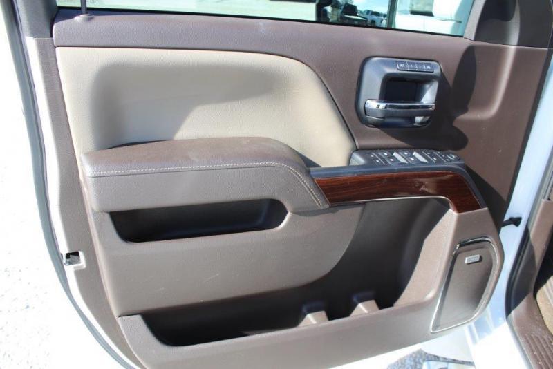 2015 Chevrolet 3500 Western Hauler Truck