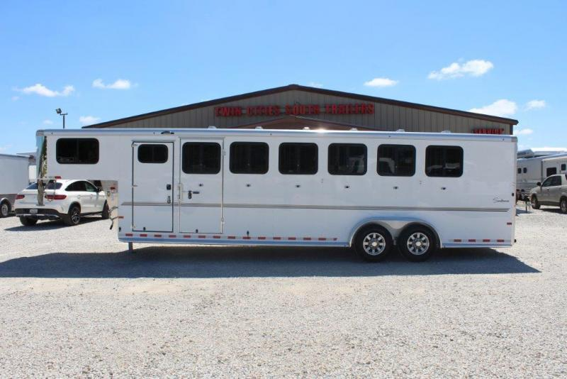 2020 Sundowner 6 horse slant gooseneck