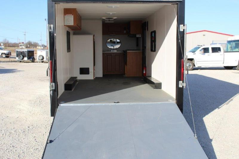 "2016 Play-Mor Trailers 20'5"" Toy Hauler"