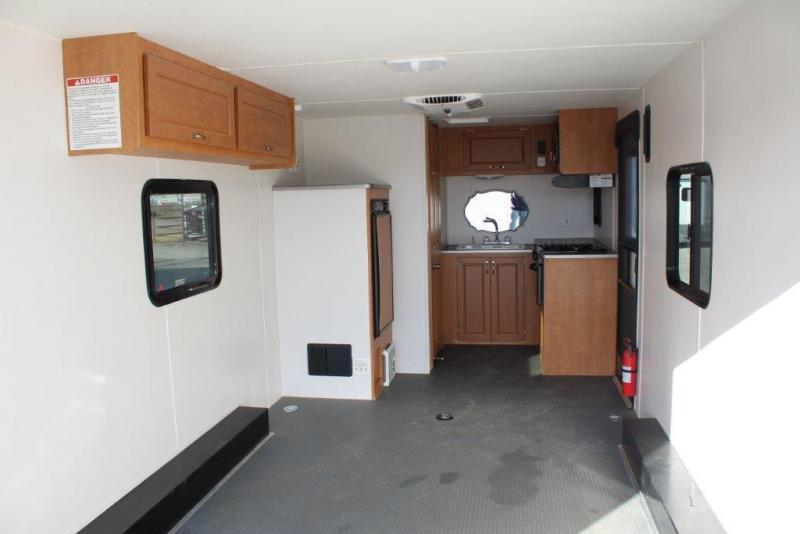 """2016 Play-Mor Trailers 20'5"""" Toy Hauler"""