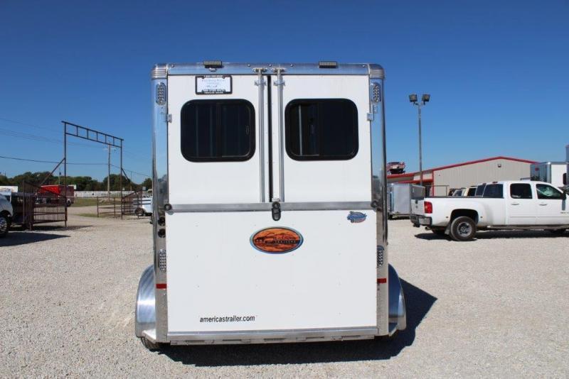 2018 Sundowner 2 horse bumper pull