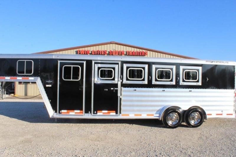 2017 Featherlite 4 horse slant gooseneck