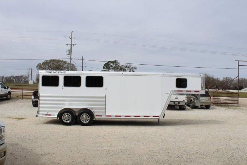 2019 Featherlite 8541 Horse Trailer