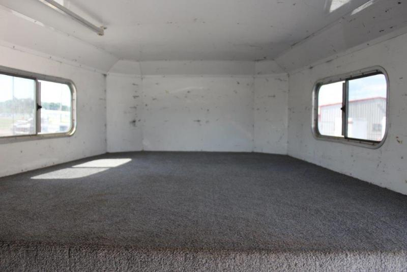 2006 Elite 6 horse with dressing room