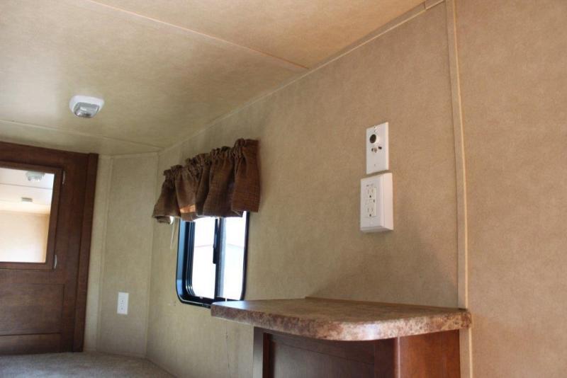 2012 Bison 4 horse with 6' Living Quarter
