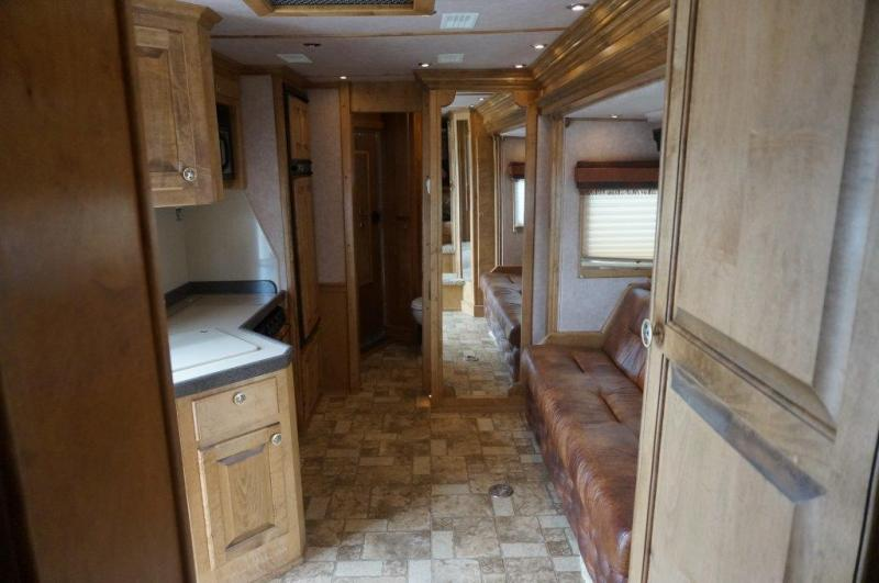 2004 Hart 4 horse with 18' LQ with Slide Out