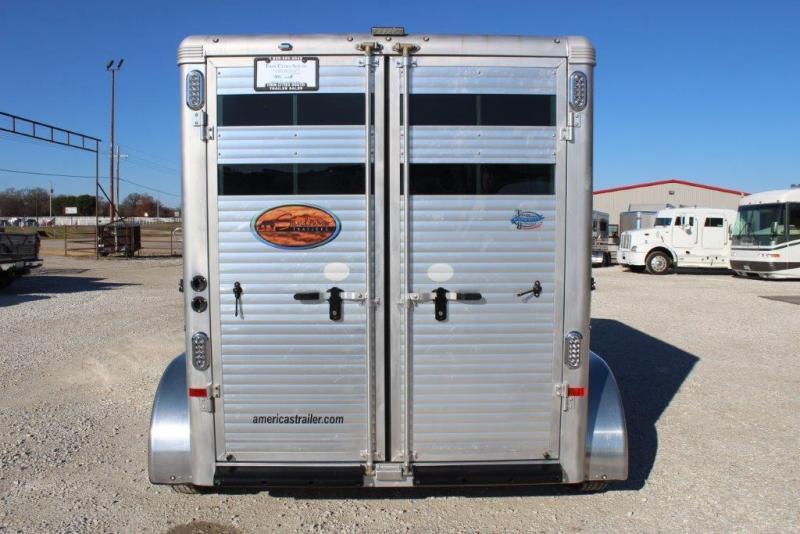 2018 Sundowner 2 horse slant bumper pull