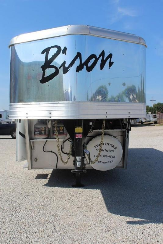 2013 Bison Trailers Stratus Horse Trailer