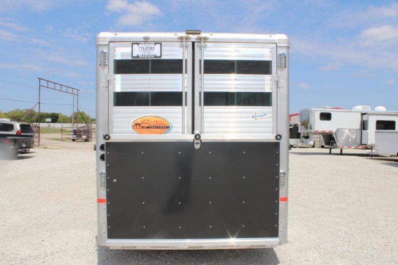2016 Sundowner 6 horse slant gooseneck