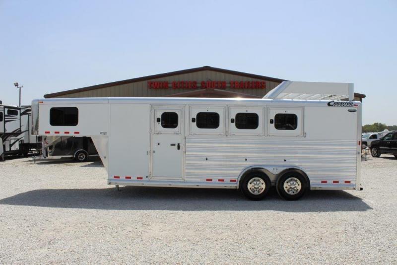 2015 Cimarron 4 horse slant gooseneck