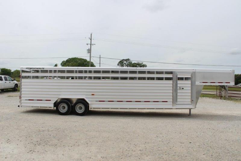 2018 Featherlite 8127 Livestock Trailer in Ashburn, VA