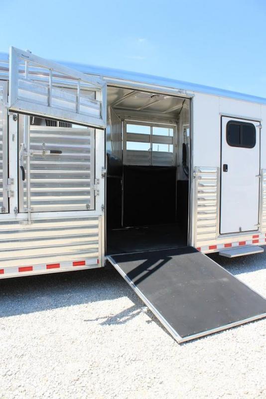 2014 Sundowner Trailers Rancher Special Horse Trailer
