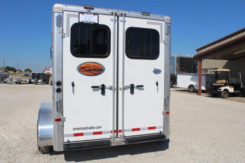 2018 Sundowner 3 horse slant bumper pull