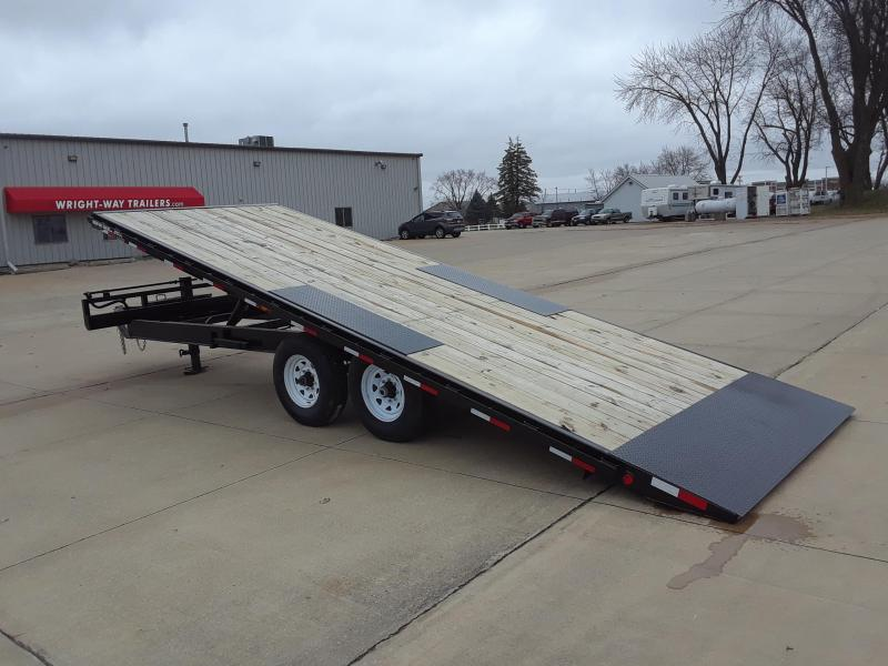 2019 PJ Trailers 22' Deckover Tilt Trailer in Dallas, WI