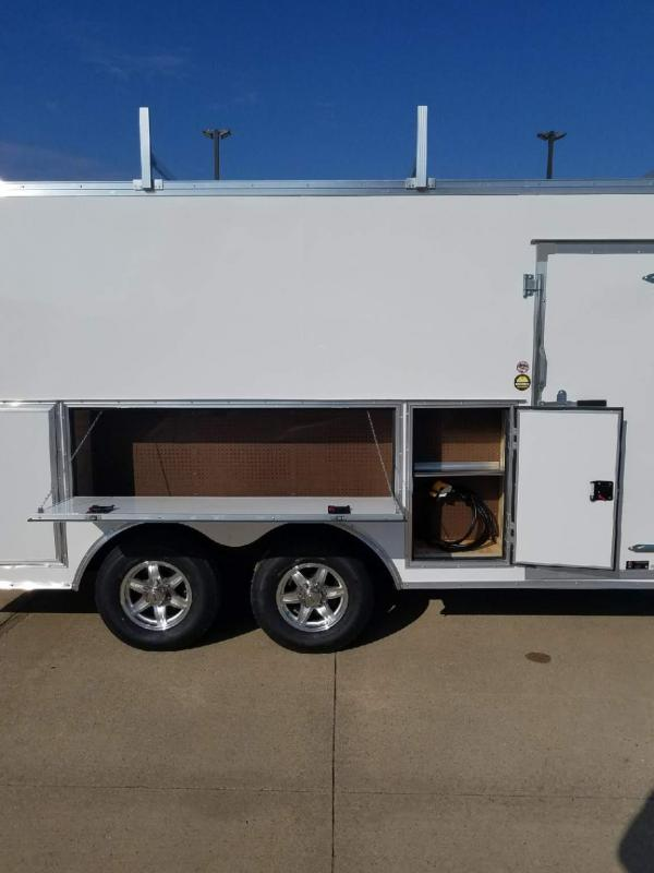 2018 United Trailers UXT-8.516TA52 Enclosed Cargo Trailer