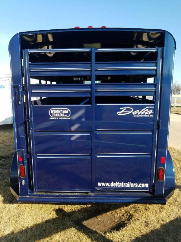 2017 Delta Manufacturing 500 SERIES STOCK Livestock Trailer