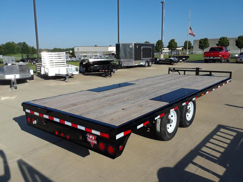 2019 PJ Trailers 20' Deckover Flatbed Trailer in Blenker, WI