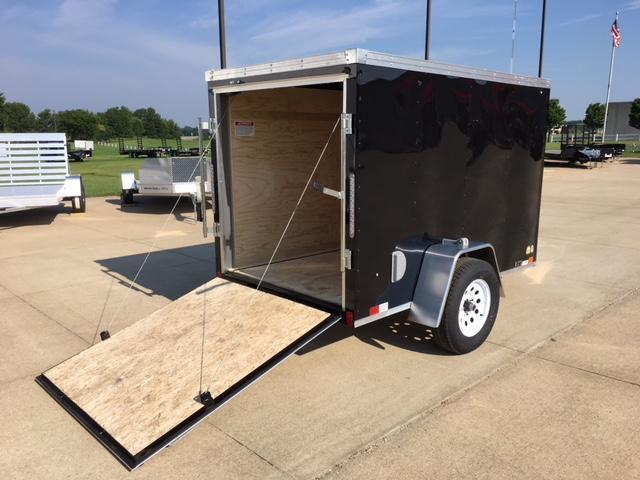 2019 United Trailers 5x8 Enclosed V-Nose Cargo Trailer
