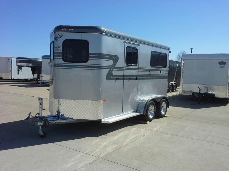 2018 Hawk Trailers ELITE 2 H BP WALK THRU W/DR Horse Trailer