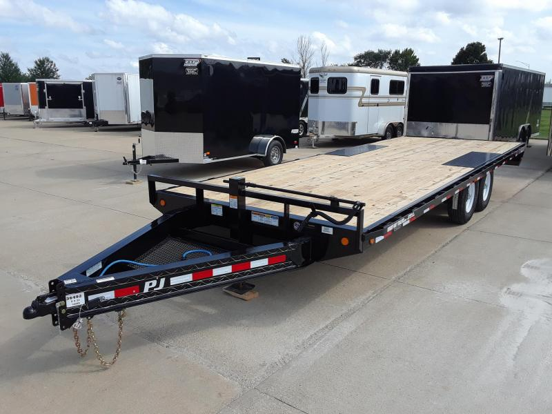2019 PJ Trailers 22' Deckover Flatbed Trailer in Eleva, WI