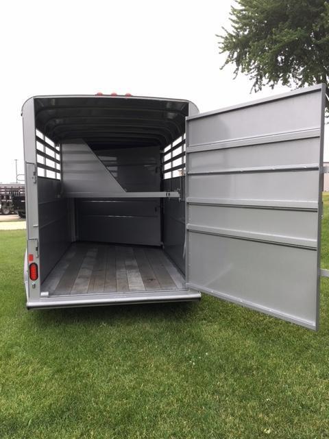 2019 Delta  6 X 16 Combo 3 Horse Slant Load Trailer